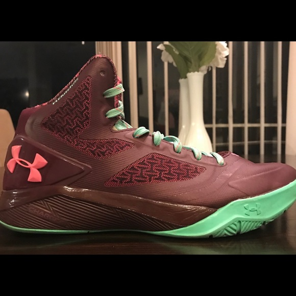 Used Under Armour Steph Curry 2 Maroon